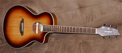 BREEDLOVE Pursuit Concert Blackwood Sunburst USB
