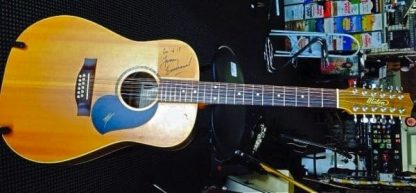 Maton 425/12 August 1996 Signed by Tommy Emmanuel