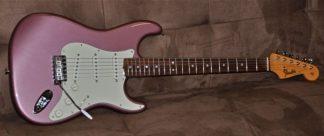 Fender American Vintage 1965 Stratocaster Burgundy Mist FSR