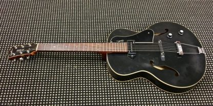 Godin 5th Avenue Kingpin P90 Black